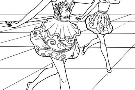 Barbie-et-la-Porte-Secrete-Jenna-et-Samantha-au-cours-de-danse.jpg