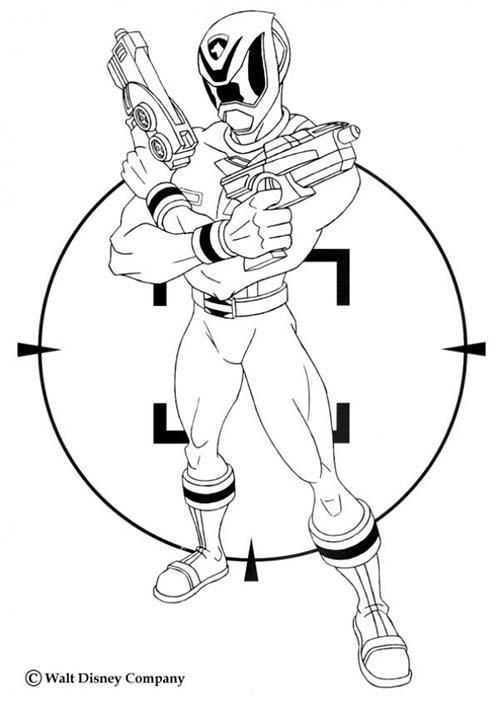 Coloriage power rangers ranger dore avec des pistolets laser - Power rangers dore ...