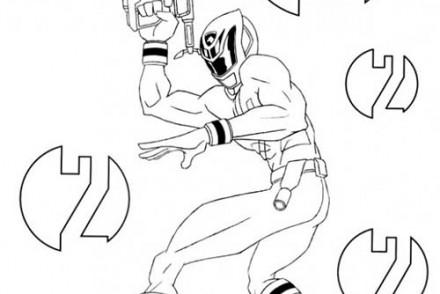 Coloriage-POWER-RANGERS-Ranger-avec-son-pistolet-laser.jpg