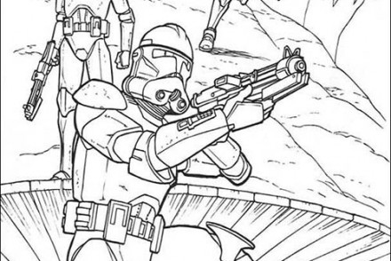 Coloriage-STAR-WARS-Coloriage-STAR-WARS-des-soldats-clones-armes.jpg