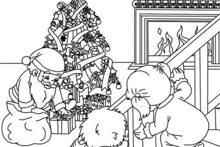 Coloriage-des-Cadeaux-de-Noel-Coloriages-Cadeaux-avec-pere-Noel.jpg