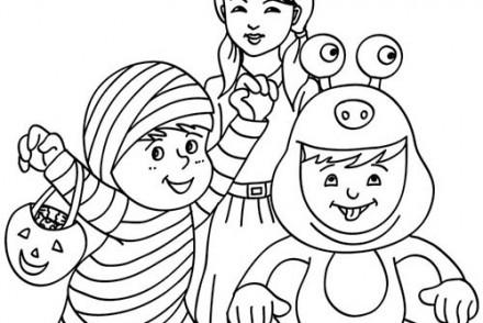Coloriages-Enfants-deguises-pour-Halloween-petits-monstres-a-colorier.jpg