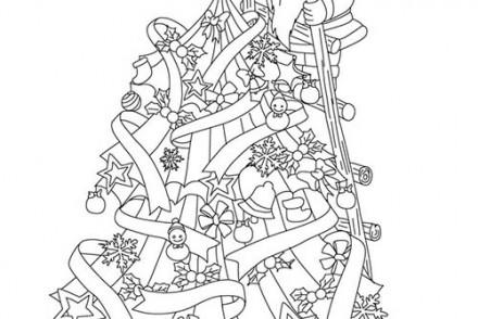 Coloriages-du-Pere-Noel-Papa-Noel-en-haut-du-sapin-a-imprimer.jpg