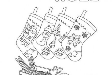 Joyeux-Noel-a-colorier-joyeux-noel-avec-chaussettes-a-colorier.jpg